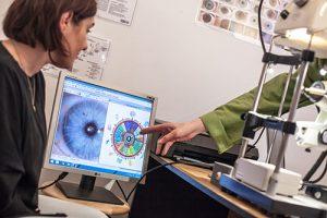 Iridoscopia detecteaza nivelul actual de sanatate si eventuale predispozitii spre boala